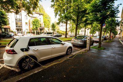 Elbilen kommer bli alltmer populär i Sverige